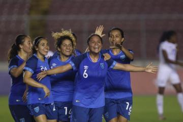 GUATEMALA VENCE 4 - 0 A HONDURAS EN EL CLASIFICATORIO DE UNCAF