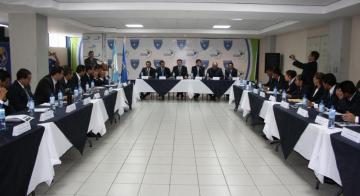FIFA IMPARTIRA CURSO FUTURO III PARA ARBITROS ELITE DE GUATEMALA 2015